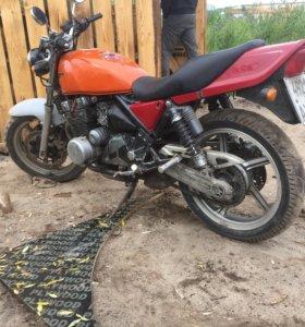Kawasaki zr 400 c