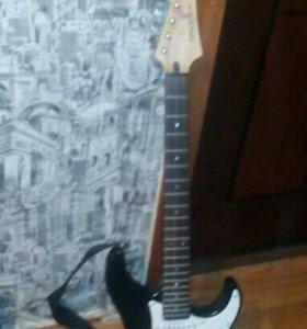 Продам гитару электронную