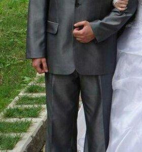 Мужской костюм-двойка