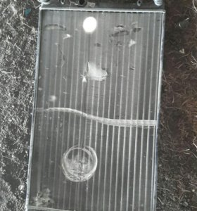 Радиатор охлаждения на митсубиси каризма 2001