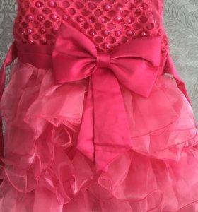 Продаю платье на 2 годика)))