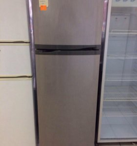 Холодильник двухкамерный Whirlpool