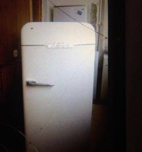 Холодильник)