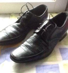 Мужские туфли 40 р