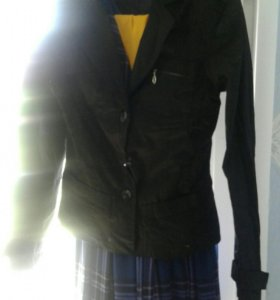 Пиджак классический новый