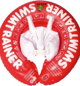 Круг для обучения малыша плавания