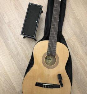 Гитара HOHNER акустическая, струны нейлоновые