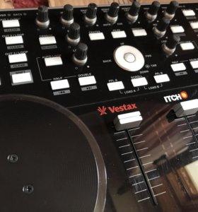 Midi контроллер Vestax VCI-300