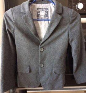 Трикотажный пиджак O'STIN р.122