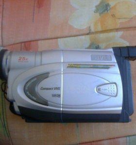 Видеокамера JVC кассетная