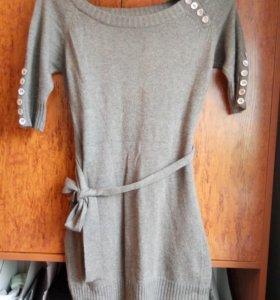 Вязаное мохеровое платье с поясом