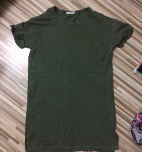 Длинная футболка Bershka