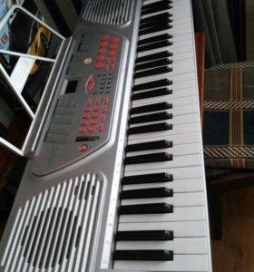 Синтезатор 54 клавиши