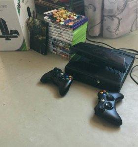 XBOX 360 с двумя геймпадами, кинектом и 14 играми