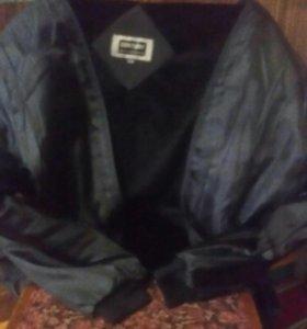 Куртка с подкладкой съемной.