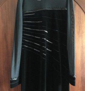 Платье длинное чёрное бархатное