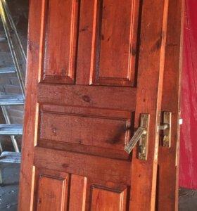 Двери (деревянные) 2шт.