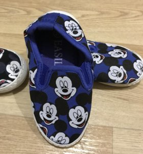 Новая Обувь детская.размеры с 23 по 30