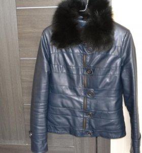 куртка с песцовым воротником