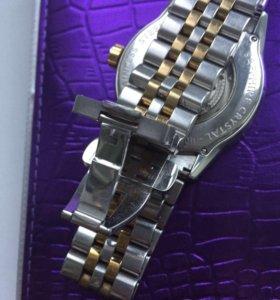 Часы швейцарские