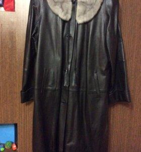 Натуральное кожаное пальто