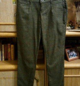 Стильные брюки в мелкую клеточку