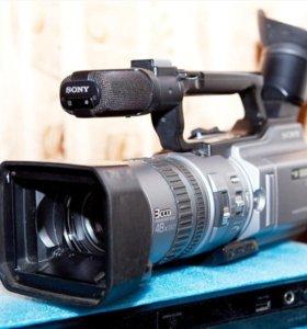 видеокамеры формата DV сони 2100 и сони RC 1000 и кассеты к ним