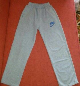 Спортивные штаны, 134-140