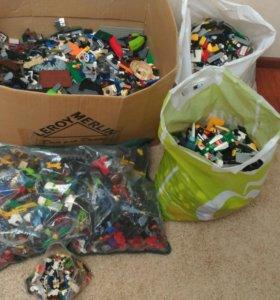 Лего очень много
