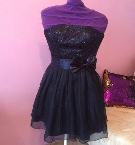 Нарядное платье Laona