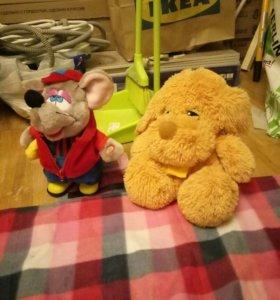 Собака и мышь