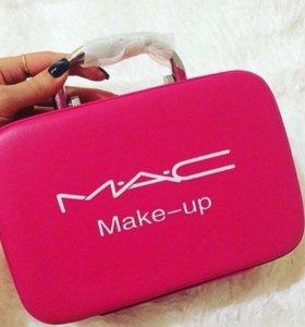 Бьюти кейс-косметичка MAC