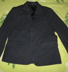 Пиджак и жилетка.