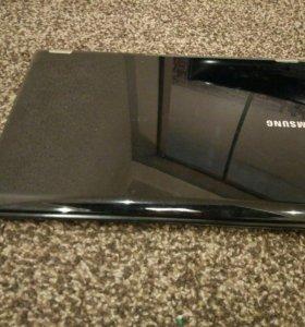 Ноутбук Samsung rc530 15.6
