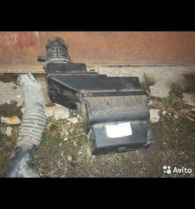 Корпус воздушного фильтра газ-волга Крайслер