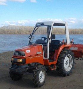 Продаю мини-трактор Kubota X-24 2011 г.в.
