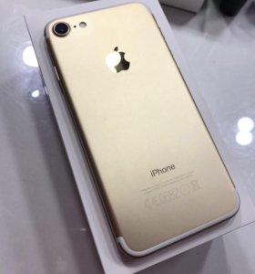 Продаю iPhone 7 gold