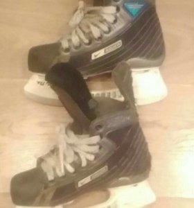 Хоккейные коньки bauer supreme 50 размер 33.5