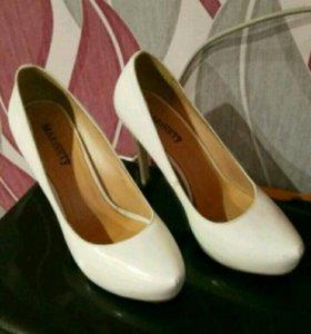 Туфли белые кожаные размер 37