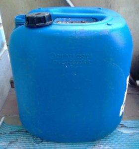 Канистра 35-40 литров