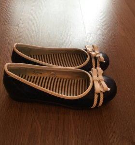Школьные туфли для девочки