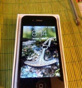 Айфон 4S.64G.