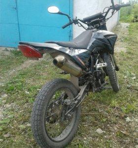 Мотоцикл ТТР250