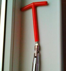 Свечной ключ