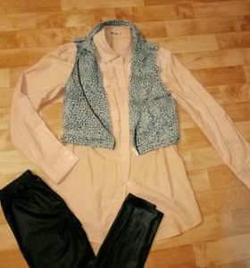 Рубашка удлинненая. Персикового цвета.