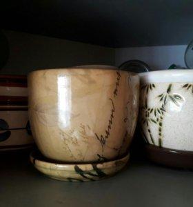 3 глиняных горшка для цветов