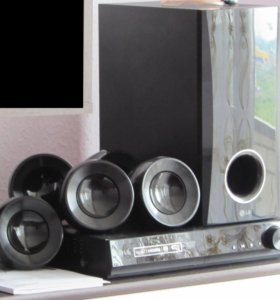 Домашний кинотеатр DVD с полочной акустикой LG DH4