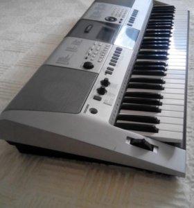 Синтезатор Yamaha PSR E-413