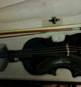 Скрипка 4/4 + смычок + футляр + канифоль