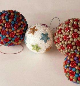 Сувенирный подарочный новогодний шар